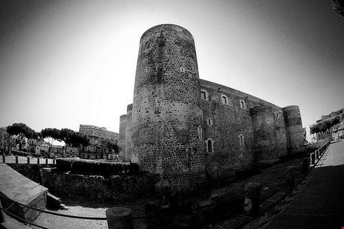 73168 catania castello ursino