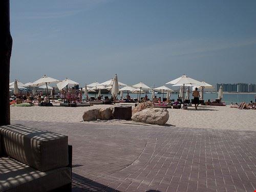 spiaggia barasti
