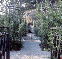 73667  giardino botanico la mortella