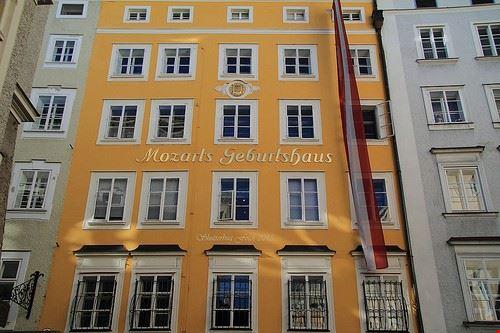 Foto casa natale di mozart a salisburgo 500x333 autore for Immagini di casa