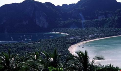The sceneries of Phi Phi Islands, Krabi