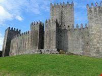 castello di guimaraes porto