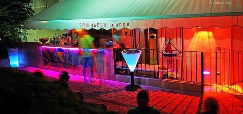 spinnaker lounge bar