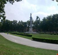 74803  piazza ariostea