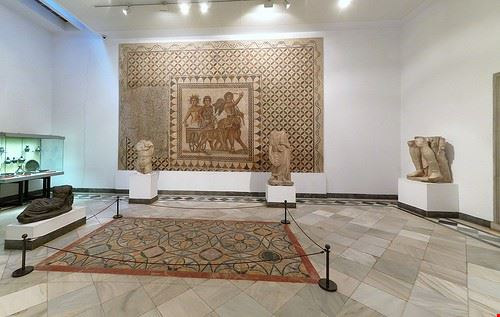 74851  museo africano