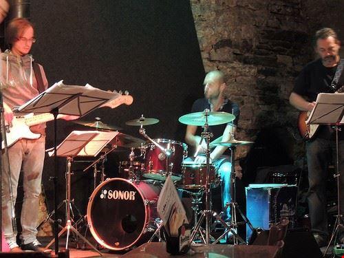 75039  jazzclub agharta