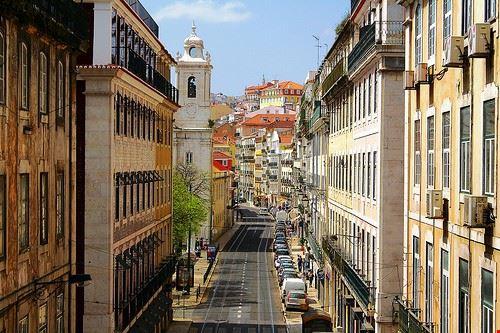 75599__cais_do_sodre_e_barrio_alto_un_itinerario