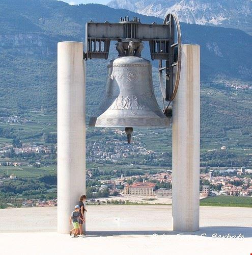campana dei caduti
