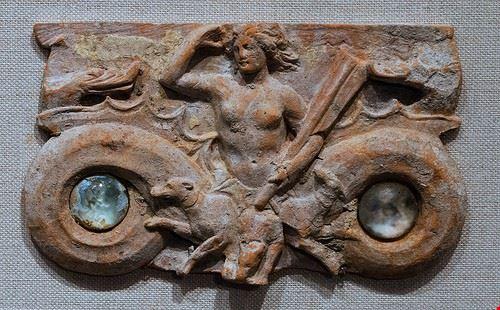 76249  il museo della magna grecia