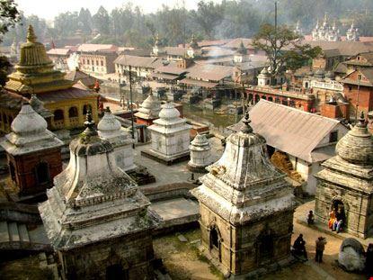 kathmandu cremazioni secondo la tradizione
