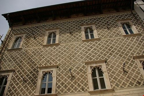 76715  casa romana