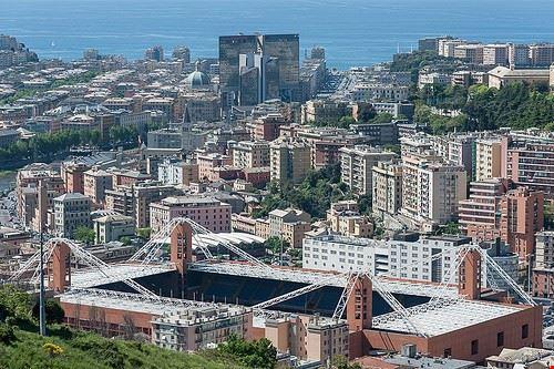 76883  105 stadium