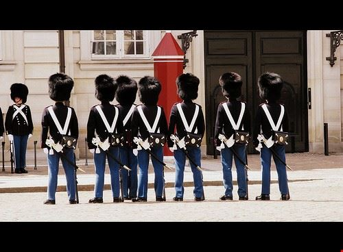 cambio della guardia al palazzo reale