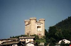 aosta castello di aymavilles