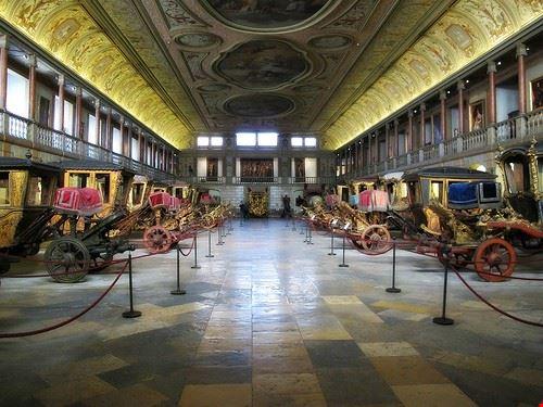 77428  the museo de los carruajes