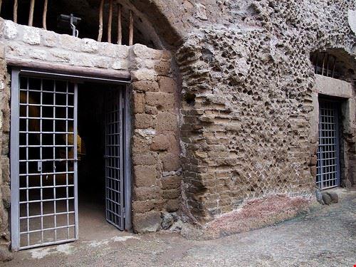 77909  cisterne romane
