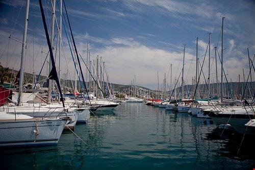 78242  marina yacht club