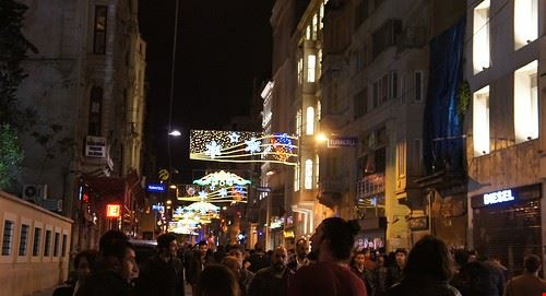 78254  pub crawl istanbul