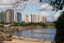 Grattacieli a Manaus
