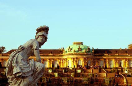 potsdam statua classica