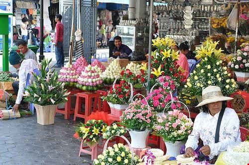79283  flower market
