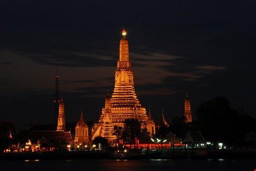 79298  le palais et les temples