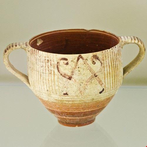 palazzo brugiotti e il museo delle ceramiche