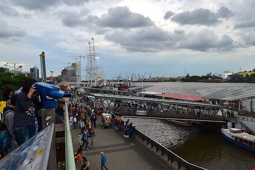79752  docks