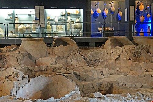 79908  musee des docks romains
