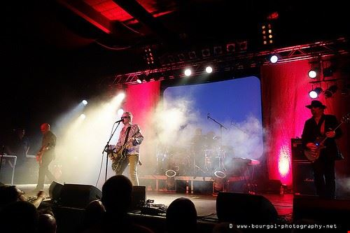79927  live music hall