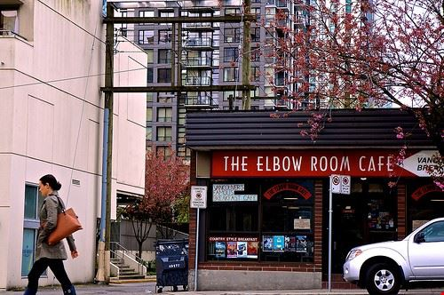 80007  the elbow room
