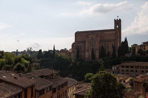 80047  basilica di san domenico