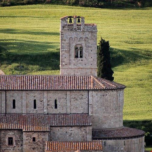 80051  abbazia di sant antimo