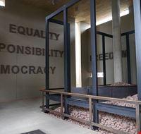 80498  apartheid museum