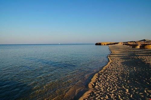 spiaggia di abu dabab