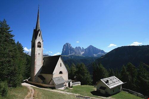 chiesa parrocchiale di santa maria ad nives