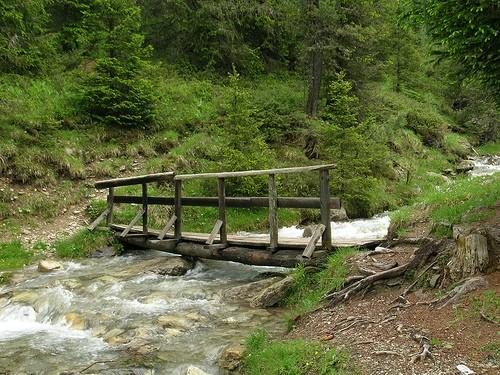 Foto torrente frigidolfo a ponte di legno 500x375 for Foto di ponti su case