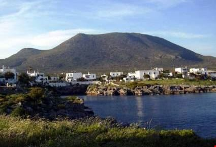 veduta di avlemonas sull'isola di kithira