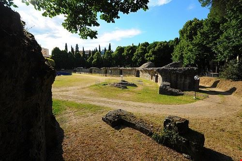 81269  anfiteatro romano