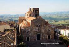 La chiesa madre di Santa Maria della Croce
