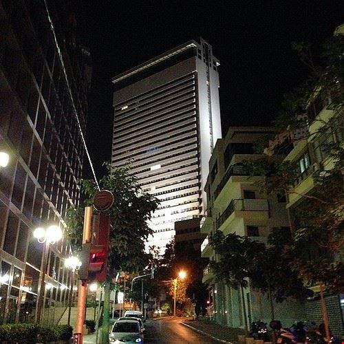 81760  shalom meir tower