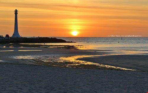 81787  st kilda beach