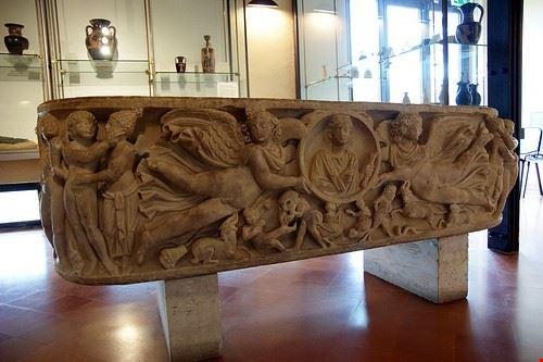 81943  museo archeologico regionale