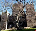 castillo guimaraes