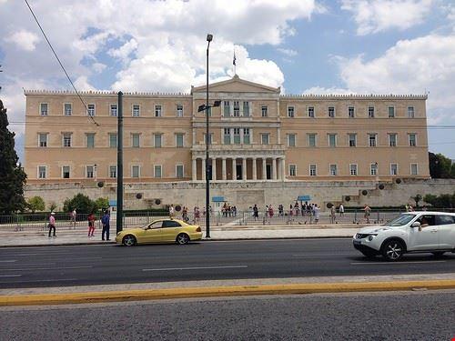 82185  palazzo del parlamento
