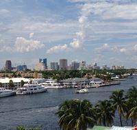 82497  porto turistico