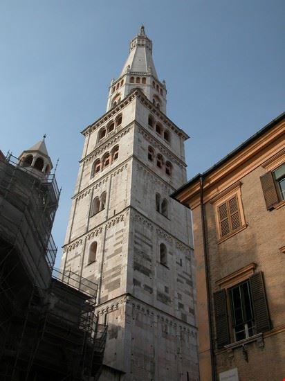 campanile del duomo modena