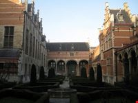 palazzo di margherita d austria