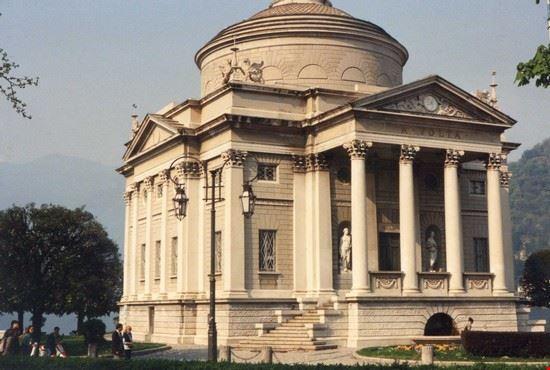 tempio voltiano como