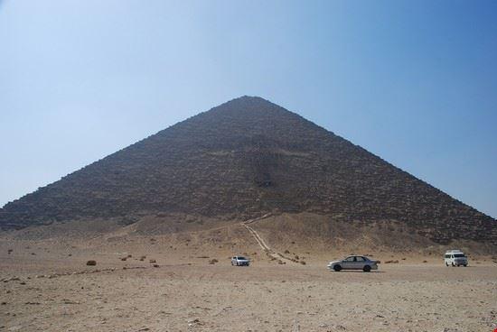 La piramide rossa di Snefru
